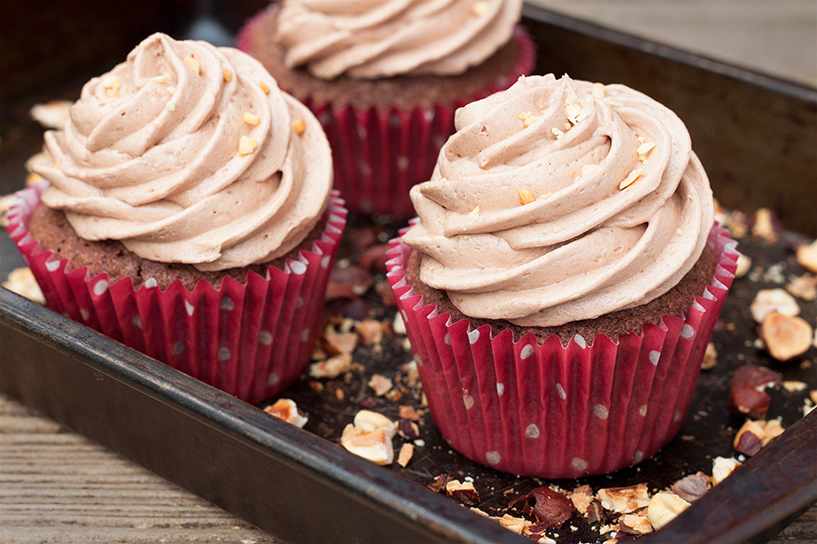 Nutella Cupcakes with Nutella Buttercream Recipe