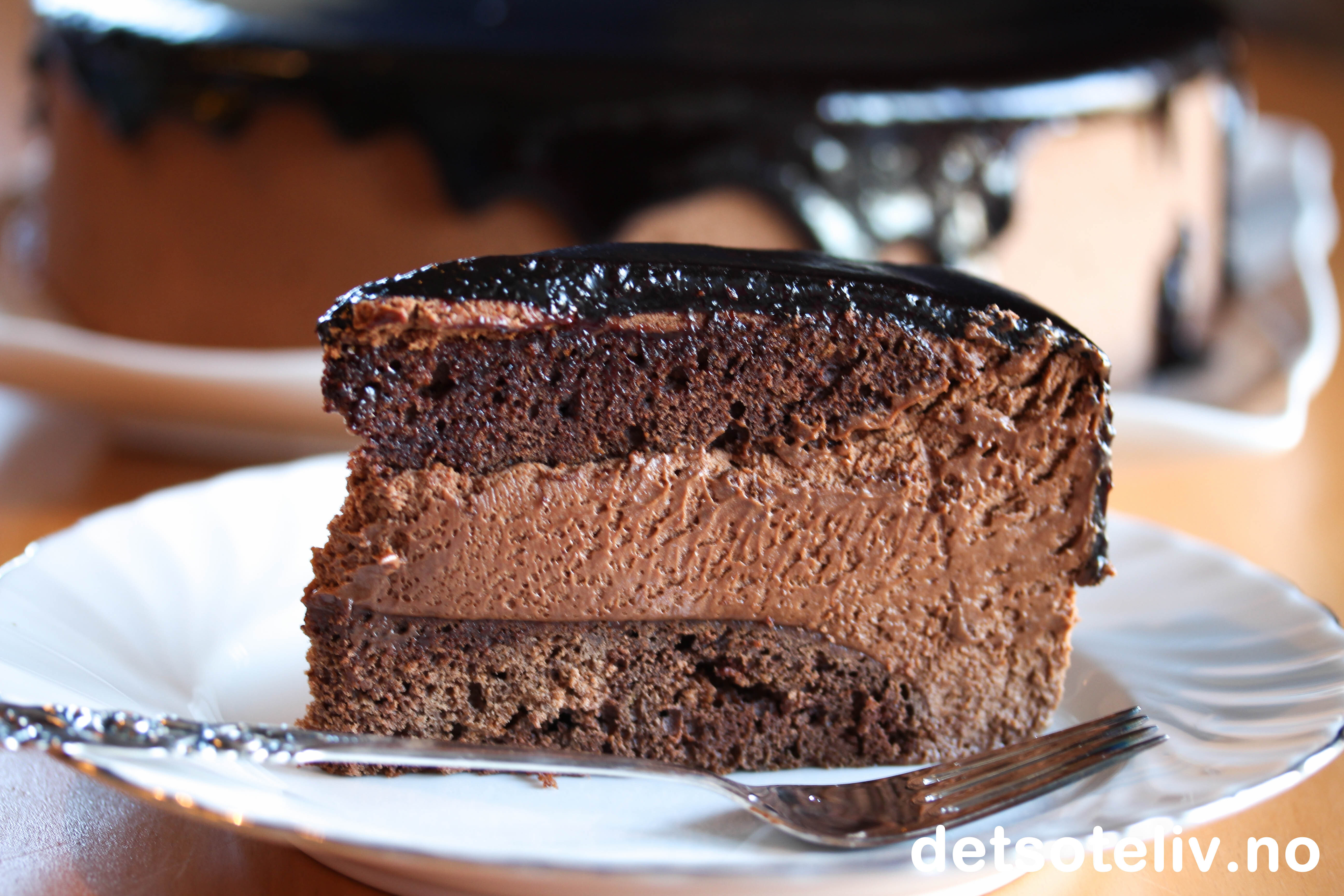 Baileys Chocolat Luxe Mousse Cake