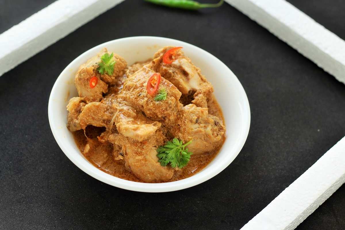 Kolhapuri Chicken Recipe
