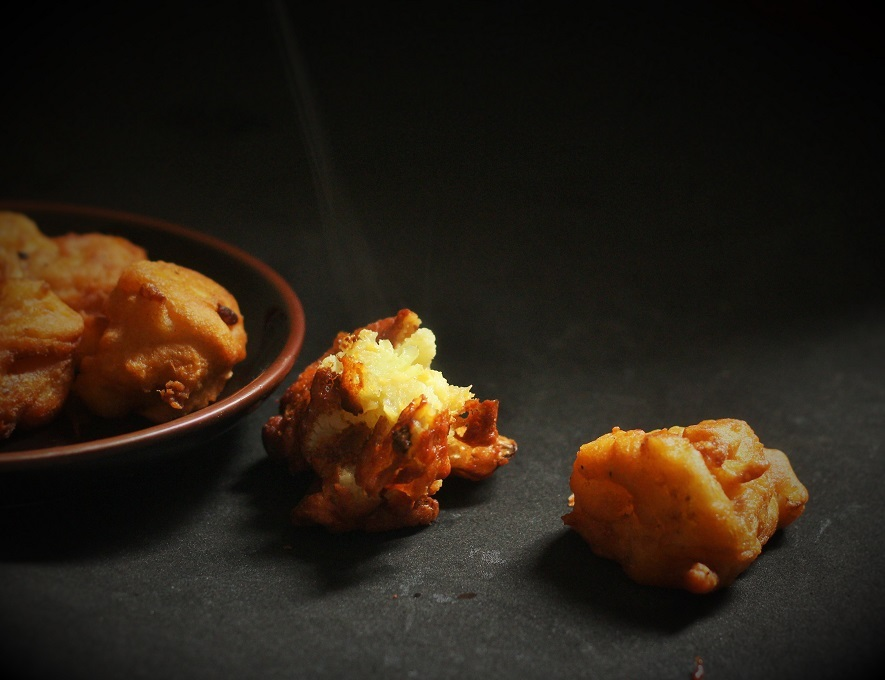 Gobi Pakora recipe, cauliflower pakoda recipe