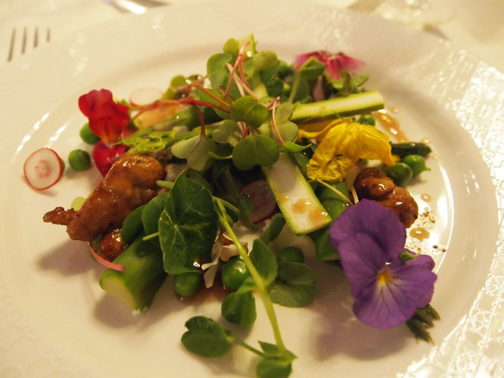 London Produce Show: Eating Flowers at The Grosvenor Hotel