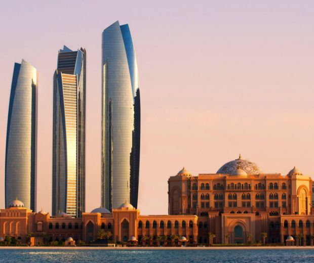 Abu Dhabi: city guide. Beach clubs, amazing dining, a golf club on the shoreline and luxury hotels