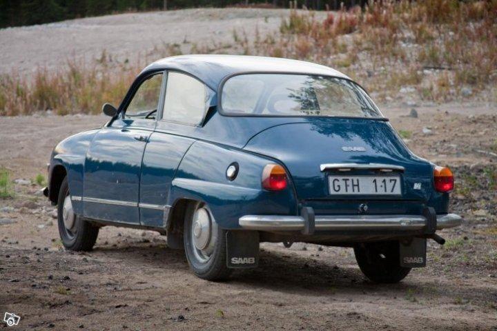 Bröllopschaufför med fordon Saab V4 96