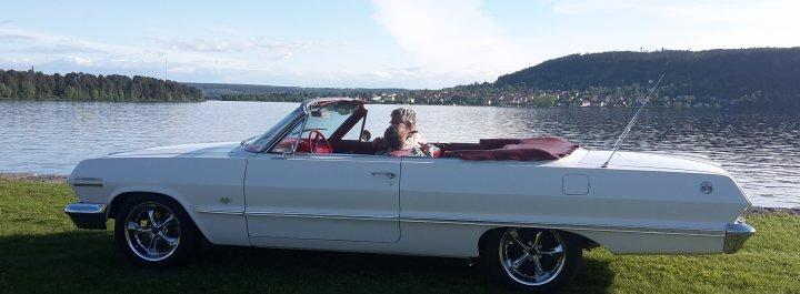 Chevrolet Impala SS Cab 1963 uthyres med förare