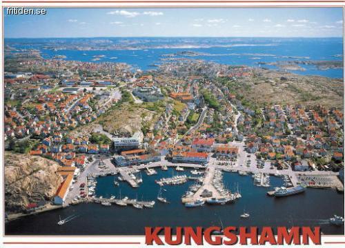 Centralt i Kungshamn med eka