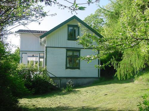 Skärgårdshus m Strand o Brygga
