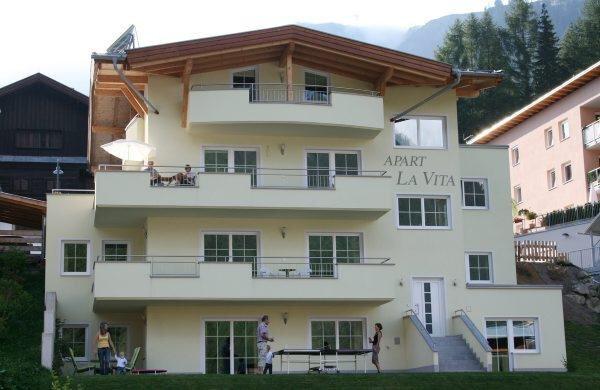 Hyra semesterlägenhet, St. Anton, St. Anton, 4 bäddar, 74 m2