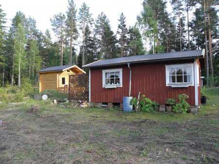 Mysigt kustnära fritidshus i Norra Uppland, Karlholmsbruk, Uppsala - Uthyres