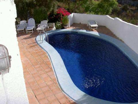 V125 villa belägen i ett av Nerjas finaste och lugnaste områden med kort avstå, Nerja, Spain - Uthyres
