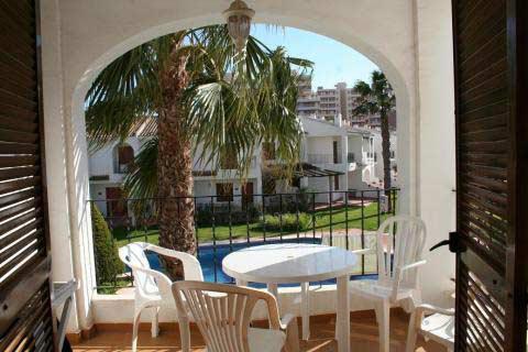 Lägenhet med 2 sovrum i vackert område med pool precis vid havet på La Manga, La Manga del Mar Menor, Spanien - Uthyres