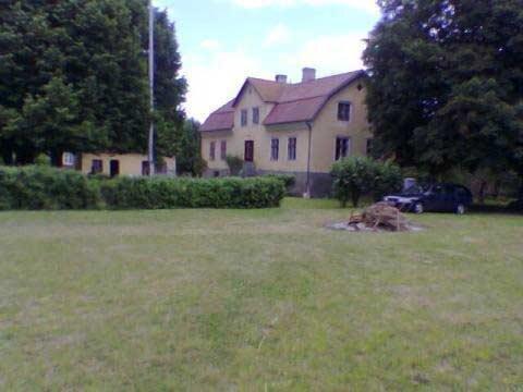Charmig kalkstensgård, Garde, Gotland - Uthyres