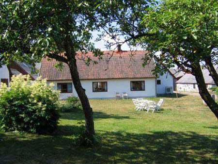 Charmig gård med högt läge, Degeberga, Skåne - Uthyres
