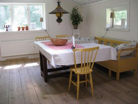 Stuga i Småland nära sjö med grillplats och möjlighet att hyra en roddbåt, Tingsryd, Kronoberg - Uthyres