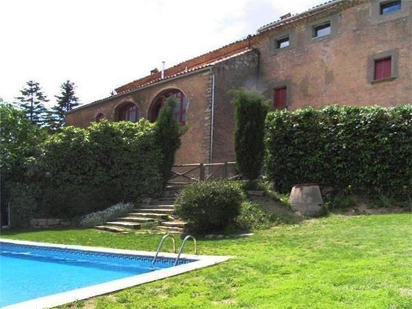 Uthyrning av semesterhus för 10 personer, CASTELLFOLLIT DE RIUBREGÓS, Barcelona, Spanien