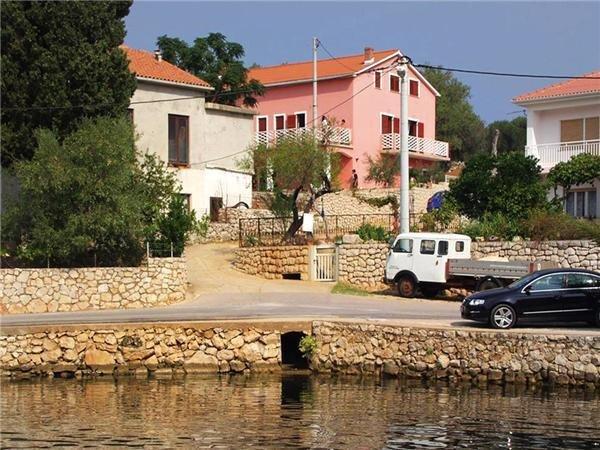 Lägenhet för 5 personer uthyres, Lun, Pag, Kroatien