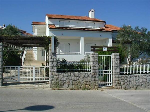 Hyra lägenhet för 3 personer, Krk, Krk city, Kroatien