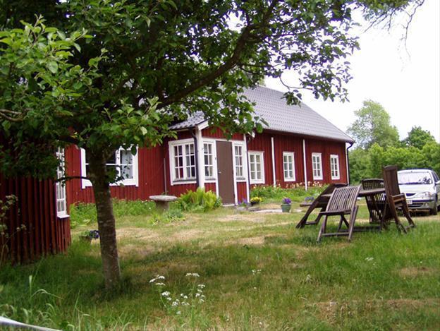 Gammal gård med anor från 1600-talet, Glimåkra Skåne