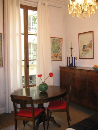 CHARMIG STUDIO I LUGNT LAGE MARAIS PARIS