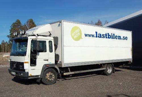 Hyr tung lastbil (Volvo FL220) i Örnsköldsvik