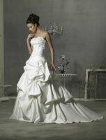 Bröllop - Välkommen till Eleganten - Vi hyr ut allt inom brud och fest.