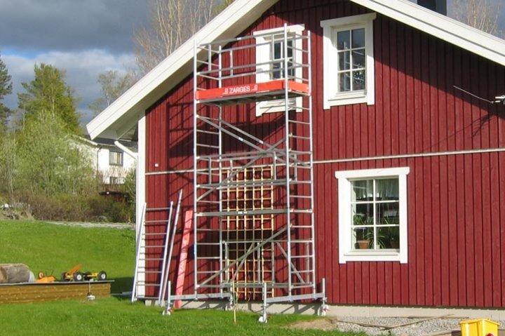 Hyr en Byggställning / Arbetsplattform