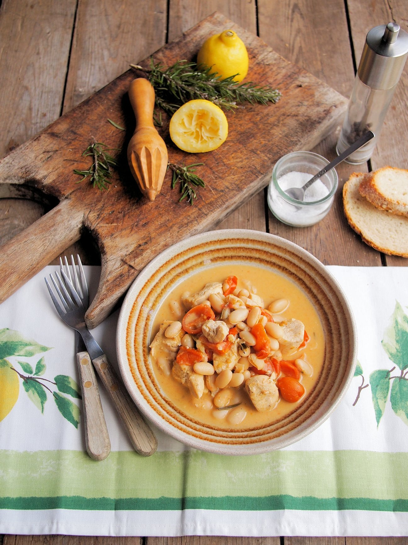 5:2 Diet Fasting and Feasting! Lemon Chicken with Cannellini Beans and Rosemary Recipe