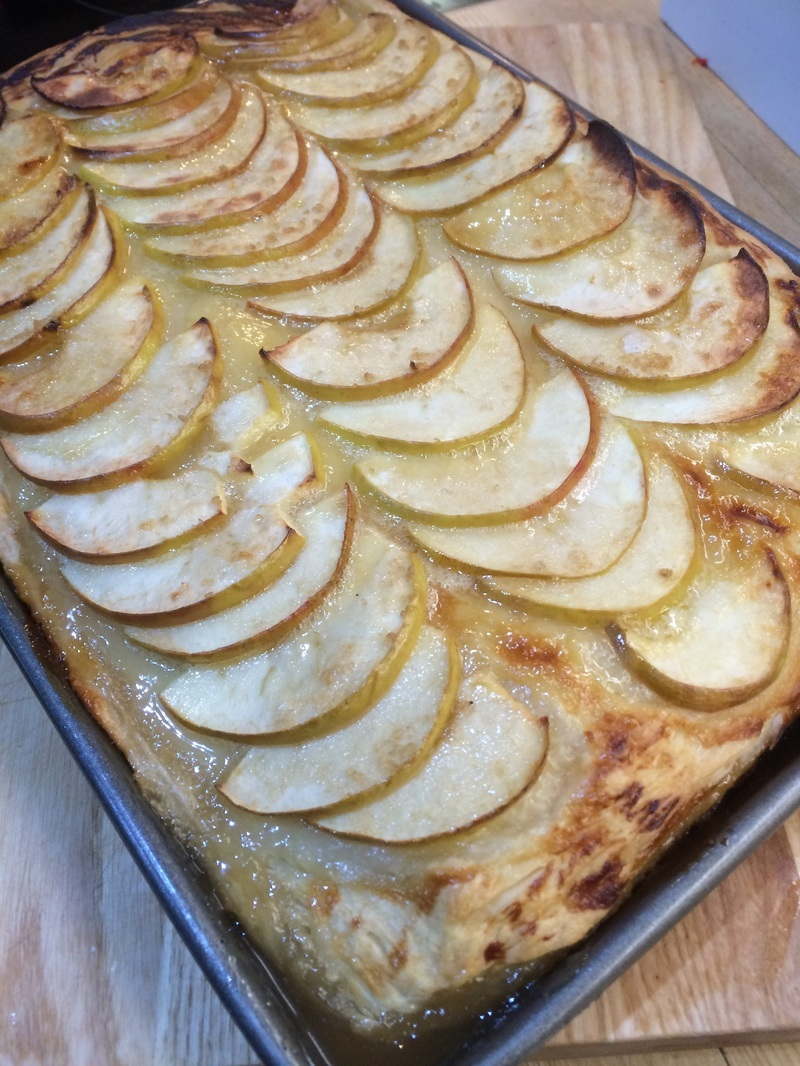 Easy Autumn Apple Tart