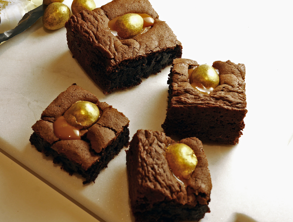 Easy Easter Brownies #ICakeYou