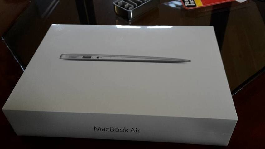 Macbook Air 11,6 tum, Ny i oöppnad karto