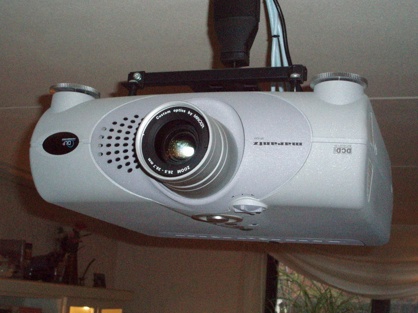 Projektor Marantz-VP12-S1
