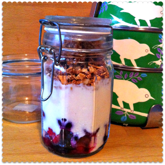 Thrifty Deskfest #4: Homemade Honey Nut Granola