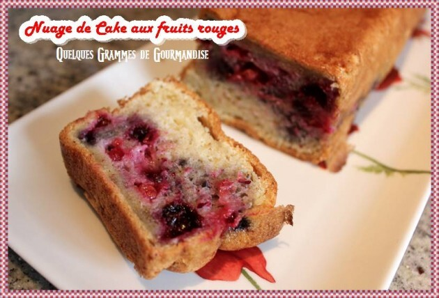 Nuage de Cake aux Fruits Rouges