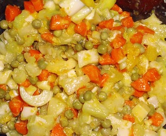 Recetas de ensaladas con arvejas y zanahoria mytaste - Ensalada de apio y zanahoria ...