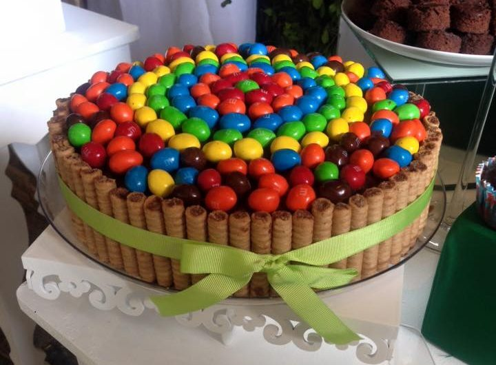 Torta de chocolate con pirulin y m&m
