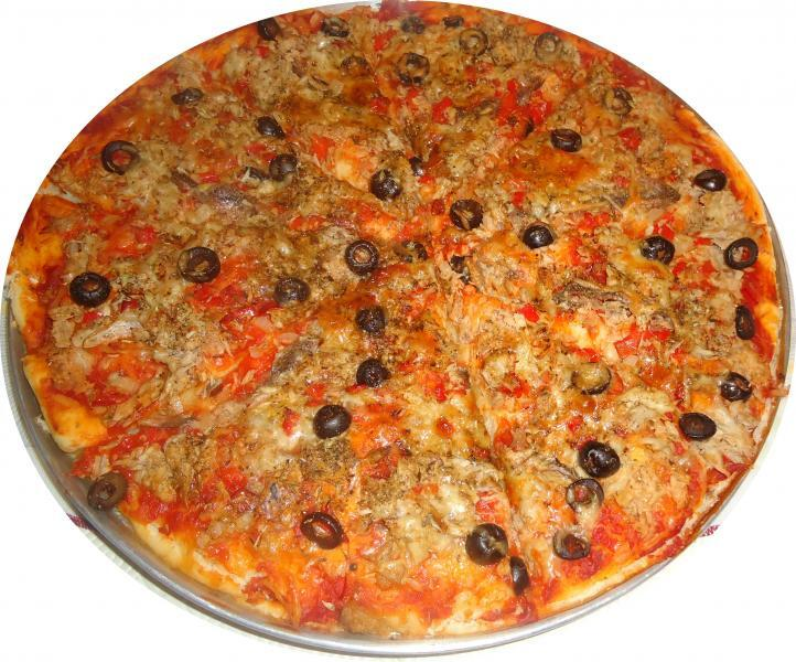 Pizza de Anchovas e Atum