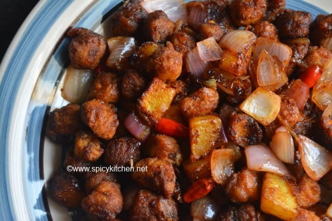 Soya manchurian dry with aloo| meal maker potato manchurian