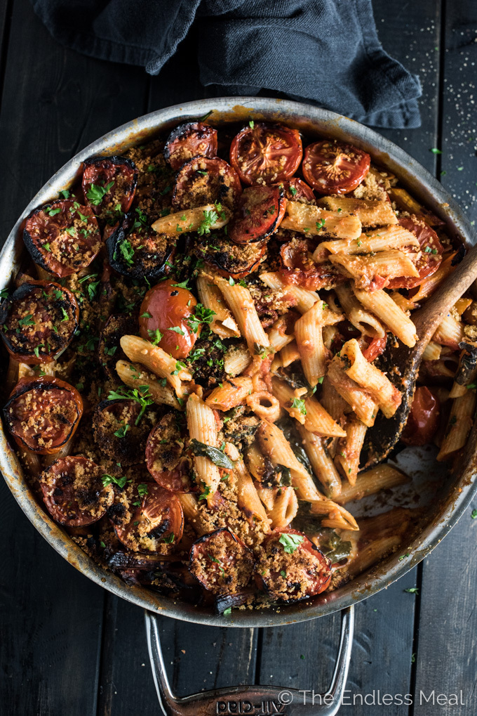 One Pot Vegan Pasta with Spicy Sun-Dried Tomato Sauce