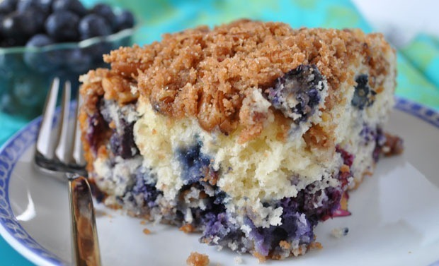 Mother's Day Brunch: Holly Clegg's Blueberry Muffin Streusel Cake