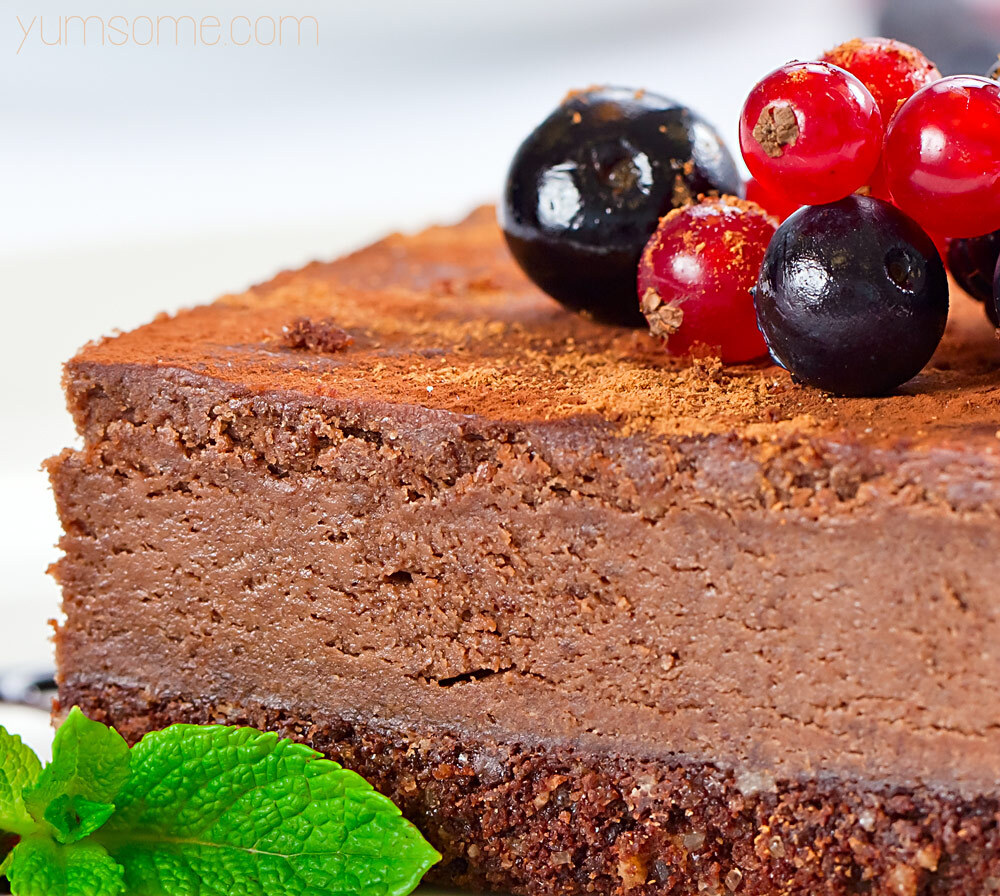 Chocolate Tart: Vegan, Raw, & Gluten-Free!