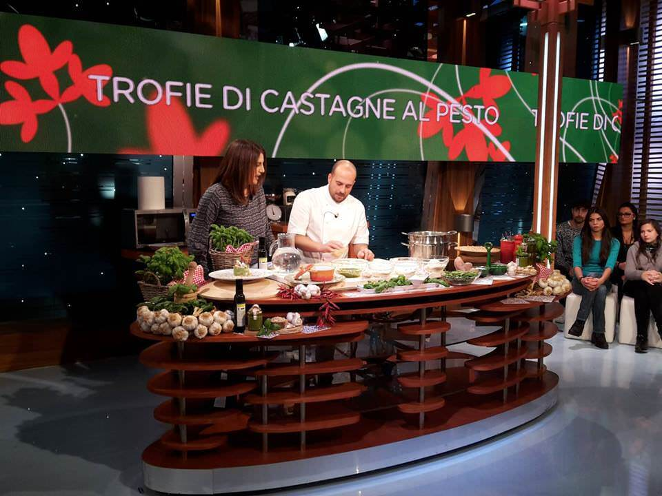 CANNAVINO SUPERSTAR: IL PESTO IN TV