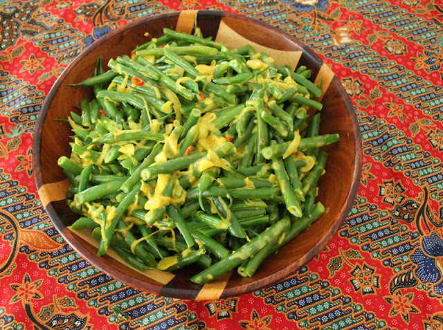 Long Beans with Coconut #SundaySupper