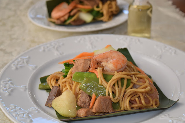 Pansit Habhab or Pansit Lucban (Stir Fried Noodles with Pork, Liver, Shrimp and Vegetables)
