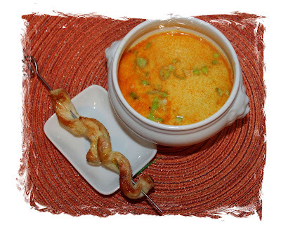 Rezept: Thai Curry Suppe  {Low Carb}
