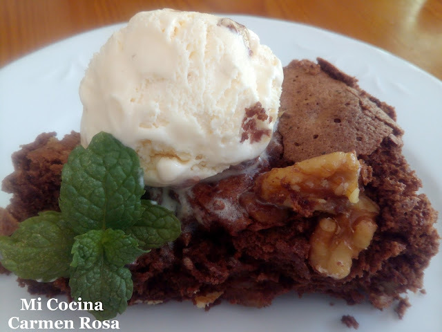 TORTA DE CHOCOLATE CON NUECES ¿O LE LLAMAMOS BROWNIE?