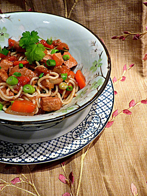 Stir fry pork in yellow bean sauce