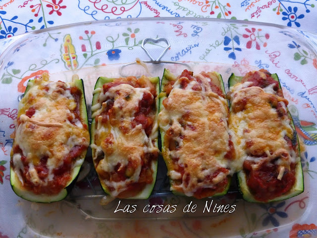 CALABACINES AL VAPOR RELLENOS DE PISTO. ( ZUCCHINI STUFFED WITH TOMATOES AND VEGETABLES)