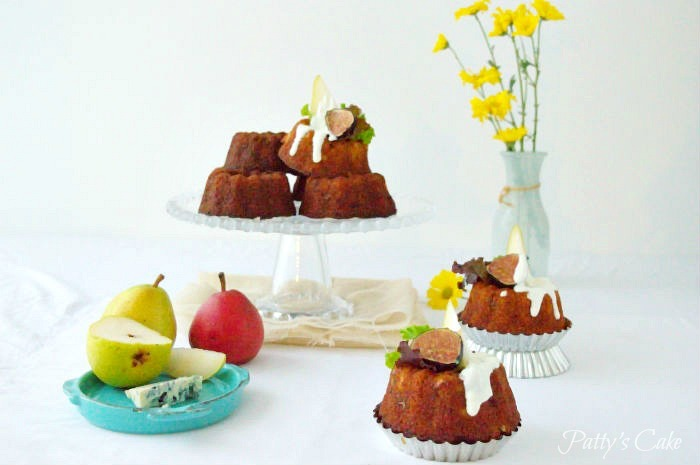 Blue cheese and pear mini bundt cakes #BundtBakers