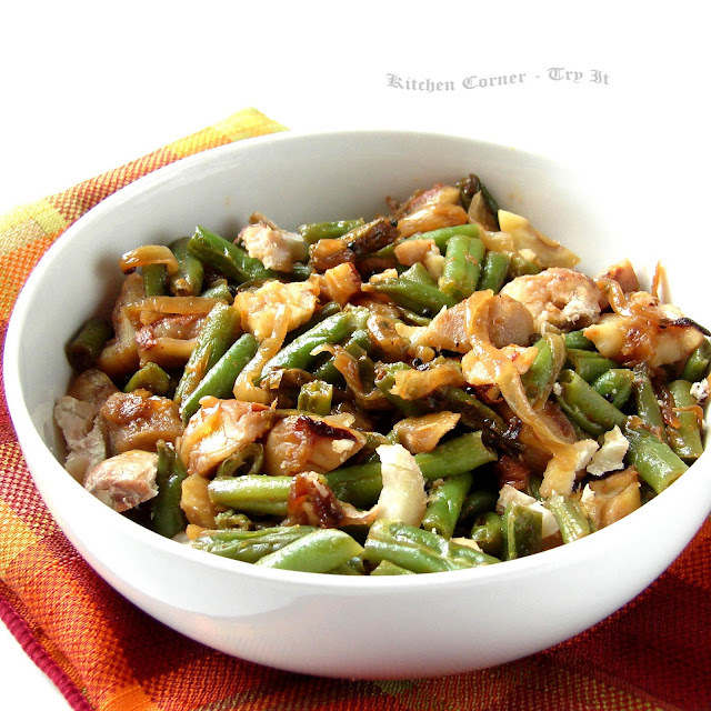 Green Beans with Caramelized Onion and Chestnuts