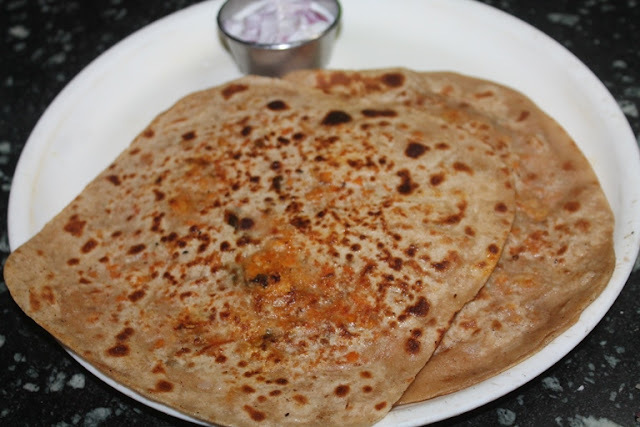 Chicken Keema Paratha Recipe - Stuffed Chicken Paratha Recipe