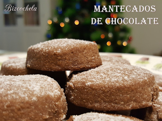 MANTECADOS DE CHOCOLATE
